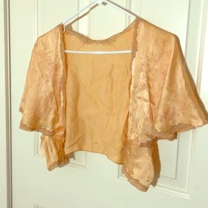 Antique silk and close top
